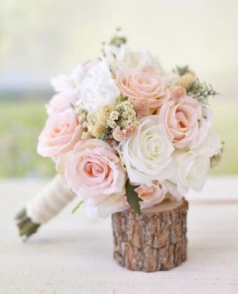 Wedding bouquet roses pastels